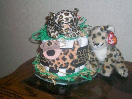 jungle baby shower diaper cake