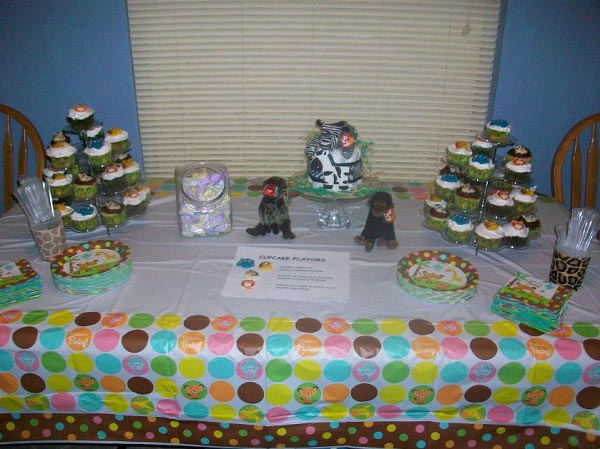 Real jungle baby shower see the photos and read the story for Home decorations for baby shower