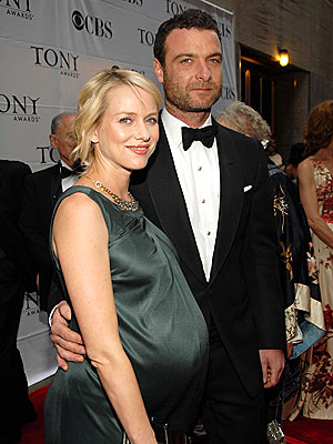 Naomi Watts and Liev Shrieber