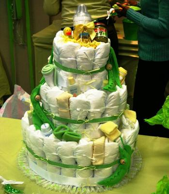 Captivating Sweet Pea Diaper Cake