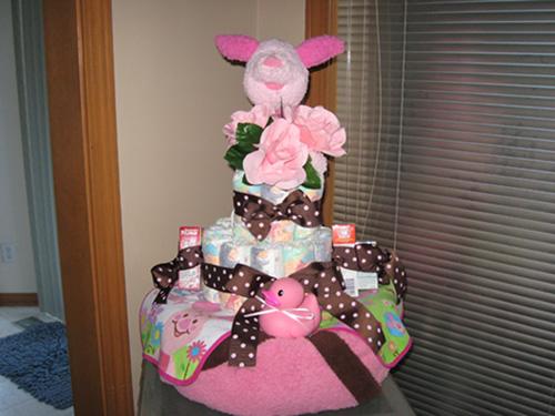 Piglet diaper cake